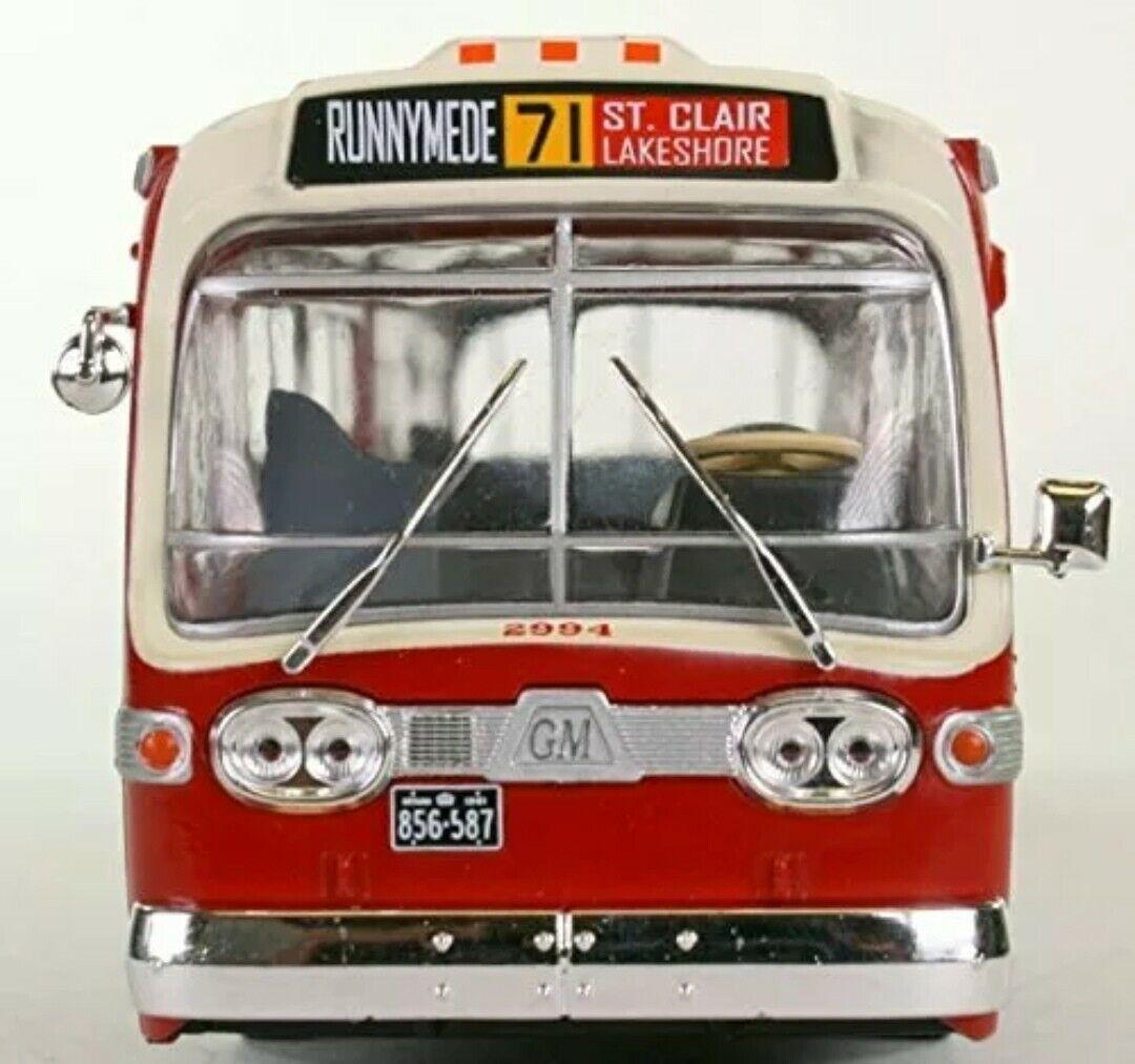 Verpackung 2 bus GENERAL MOTORS GM NEW LOOK FISHBOWL THD 1959 1965 NEW YORK 1 43 SPEED