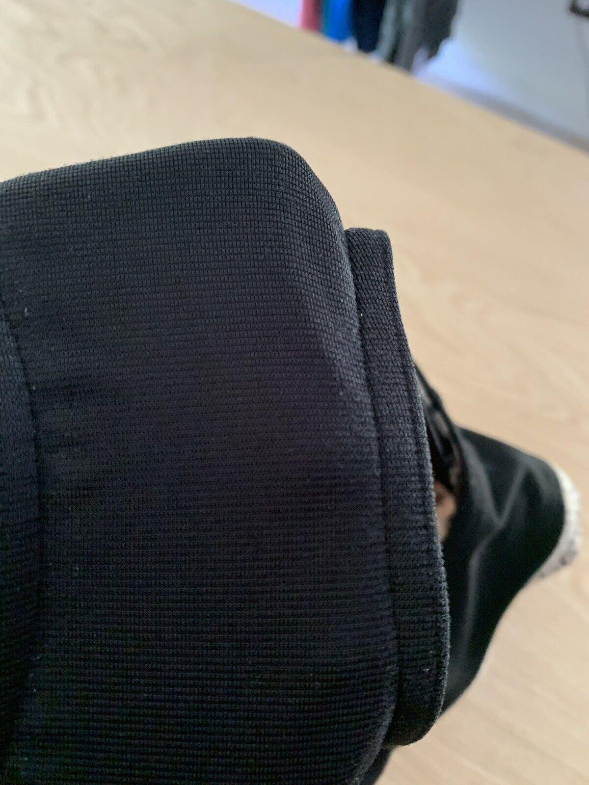 "Lululemon Speed Shorts Size 4 Reg 2.5"" Dottie Das… - image 9"