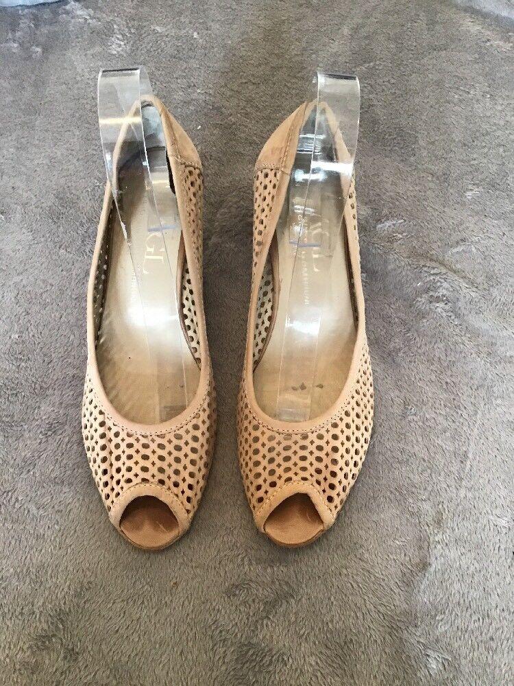 ATTILIO GIUSTI LEOMBRUNI cream Peep Toe Heels Size 6 39.5