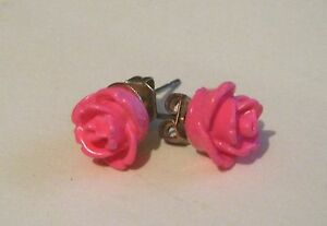 Earrings very pretty silver tone metal with gorgeous pink rose designs - Newent, United Kingdom - Earrings very pretty silver tone metal with gorgeous pink rose designs - Newent, United Kingdom