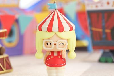 POP MART x MOMIJI Circus Series Ottilie Mini Figure Designer Art Toy Figurine