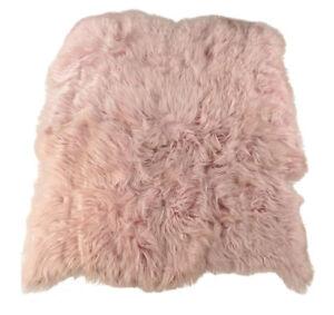 Oko-Lammfell-Teppich-zart-rosa-175-x-200-cm-Fell-Teppich-aus-6-Lammfellen