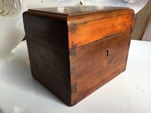 Cassetta in legno Elemosiniere
