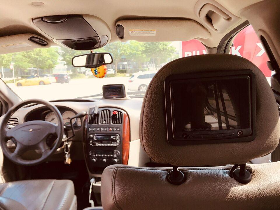 Chrysler Grand Voyager, 3,3 Limited aut., Benzin