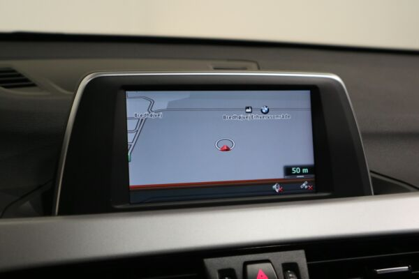 BMW X1 2,0 sDrive18d billede 8