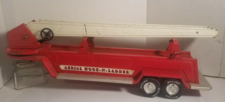 VINTAGE AERIAL HOOK N LADDER  FIRE TRAILER