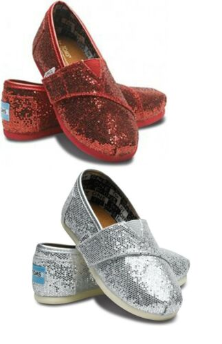 COLOR RED,SILVER TODDLER SIZES:T6 TO T11 TOM/'S CLASSICS GLITTERS 007013D11 NWT