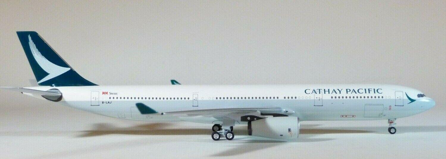 1 400 Aeroclassics Cathay Pacific A330