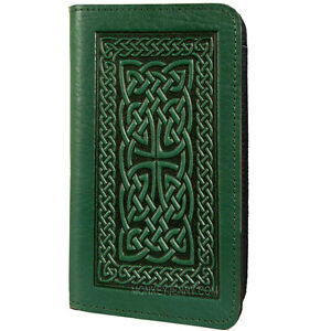 Celtic-Braid-Green-Deep-Embossed-Leather-Checkbook-Cover-by-Oberon-Design