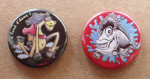LOT-de-2-BADGES-25mm-a-epingle