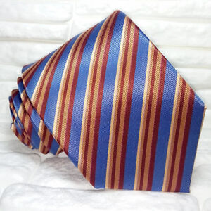 Cravatta-uomo-righe-100-seta-Made-in-Italy-handmade-business-evento-informale