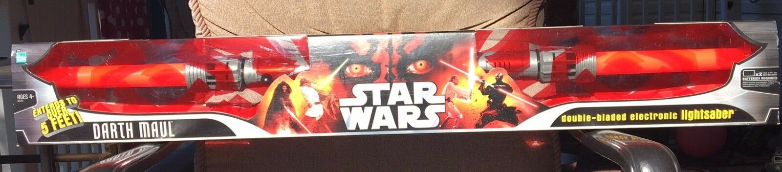 Star Wars DARTH MAUL Hasbro Electronic Double Bladed Lightsaber SEALED  NEW