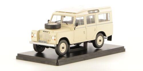 Land Rover 109 Santana 1975   1//24 Neuf voiture miniature collection