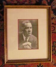 HARLEM RENAISSANCE AUTHOR RICHARD WRIGHT 1908-1960 FRAMED AUTOGRAPHED PHOTO