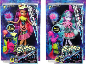Details About Monster High Electrified Clawdeen Wolf And Twyla Hair Raising Ghouls Dolls New