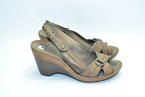 2bca2132d710 Womens Clarks Privo Wedge Shoes Size 10 US Brown Leather Sandals ...