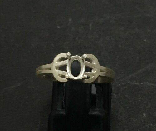 925 Sterling Silver Semi Mount Ring Setting 4 x 6 mm Oval Semi Mount Setting