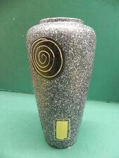 Schöne Design Vase aus den 50er Jahren mit Spiralen und Feldern