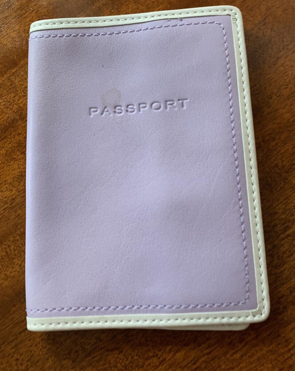 """COACH Passport Holder-Lavender Soft Leather-White Trim-5"""" X 3.5"""" Unopened"""