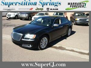 2013-Chrysler-300-Series-C-Luxury-Ser