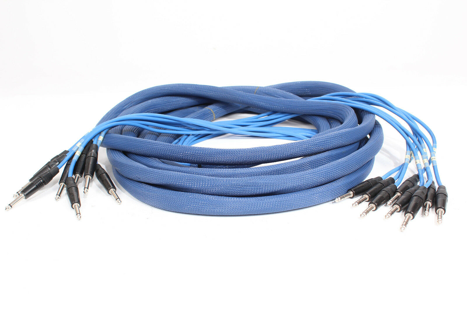 Canare L-2T2S 205 1 4 TRS -to- 1 4 TS 35ft. 8-Ch. Snake Cable