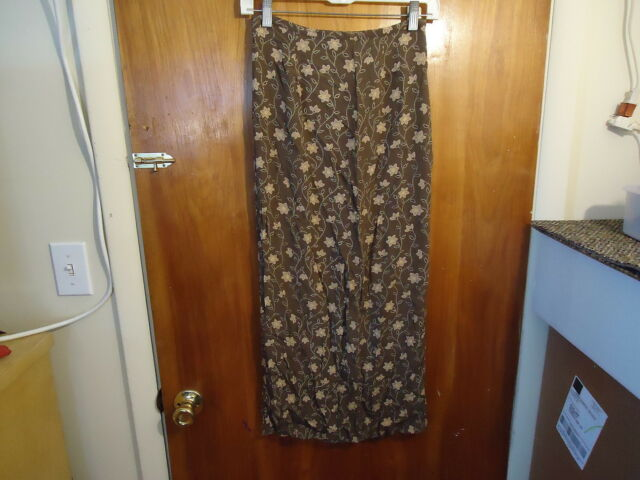 Womens Old Navy Clothing Co.Size 2 Brown Floral Skirt