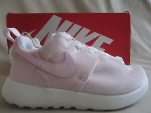 finest selection 02f35 47578 Details about Nike Roshe One Sneakers Girls Toddler Size 9 Artic Pink  Velvet New Without Box