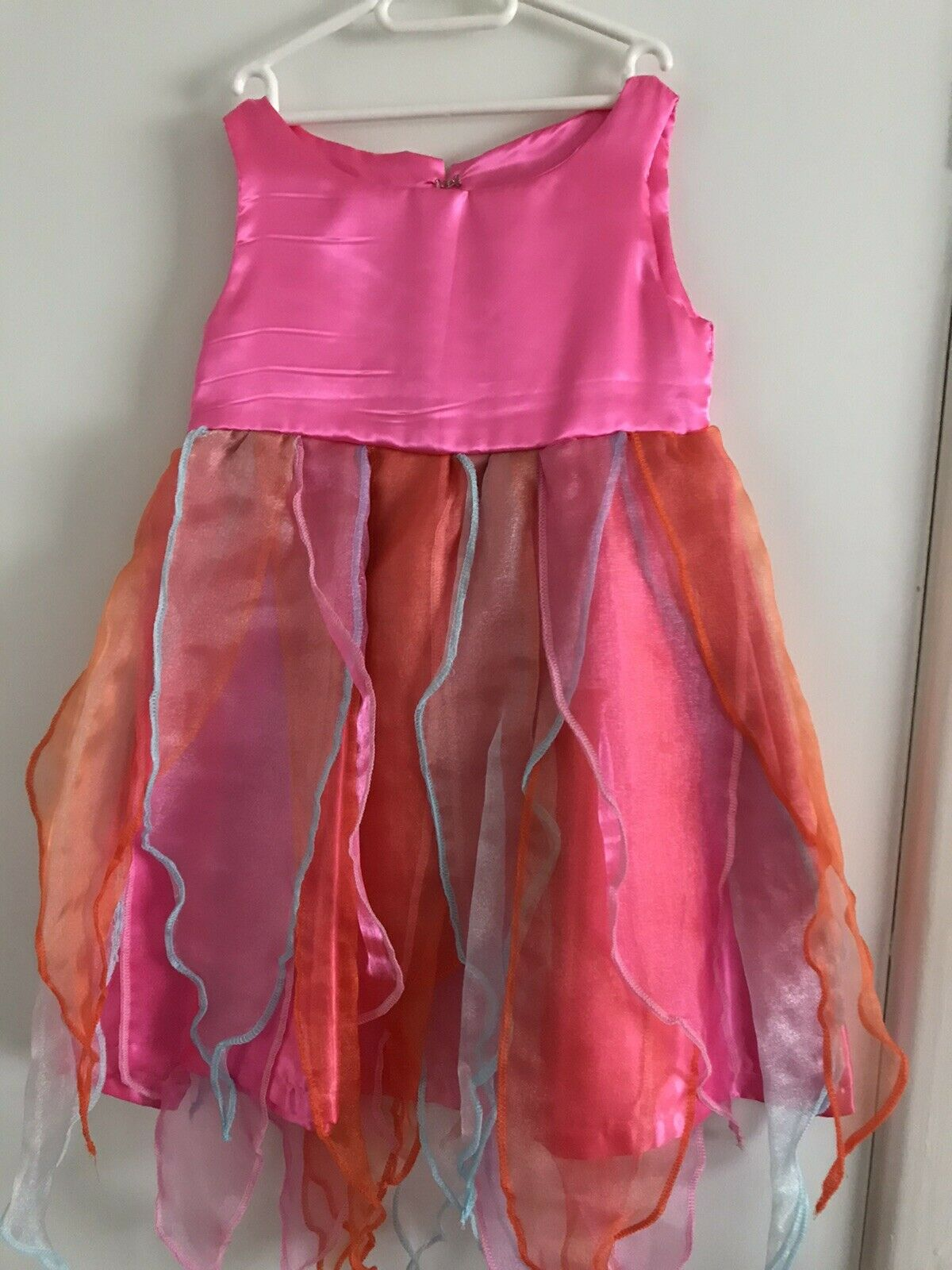 Girls Pretty Dressing Up/ Fairy Dress Colourful Age 5-7 Never Worn. 12 Dresses