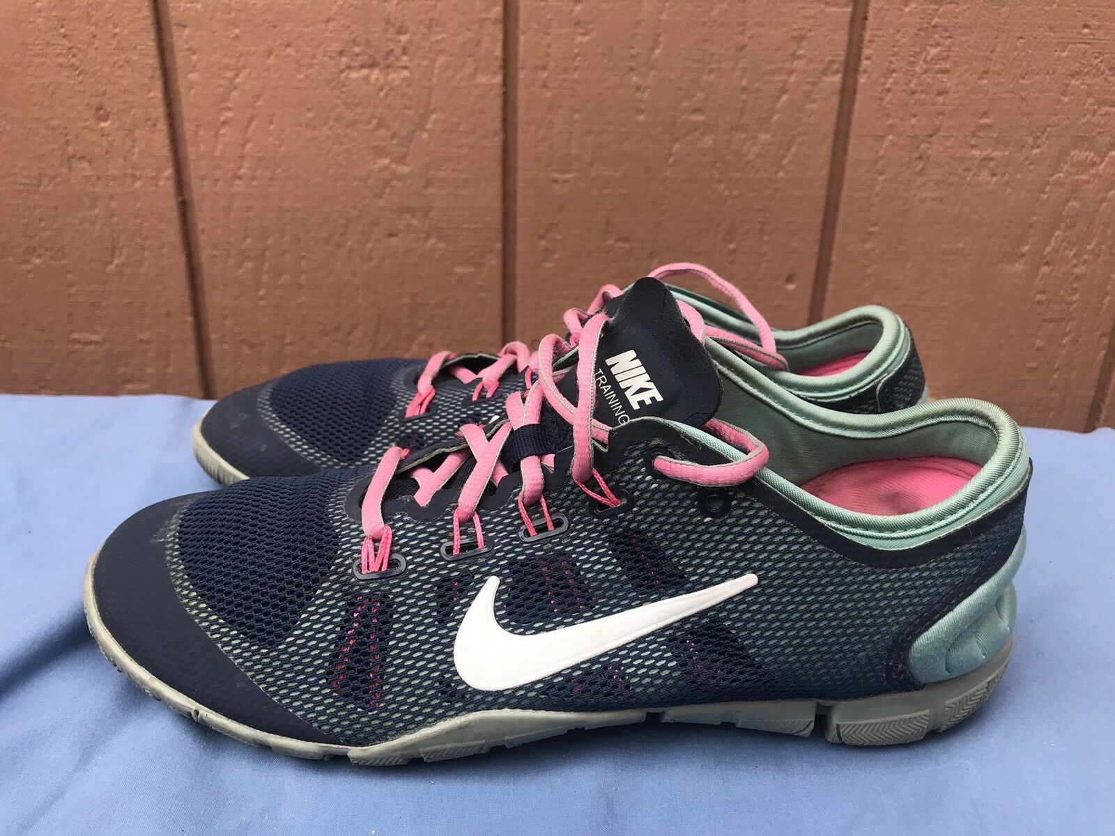 official photos 432d4 6c610 EUC Nike Training Bionic mujeres es es es cómodo baratos zapatos de mujer  zapatos de mujer