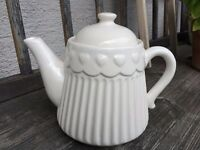 "Clayre & Eef Teekanne Kaffeekanne Kanne ""Rolte"" 0,75l  Keramik Herz weiß Vintage"