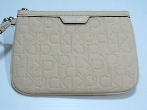 NEW* Calvin Klein Cute  wristlet for any ocation