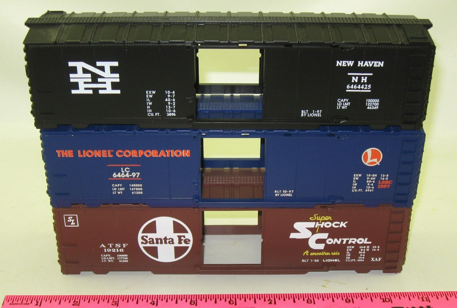 New Lionel Shell  6464425 New Haven, 6464-97 LC, & 19216 Santa Fe boxcars