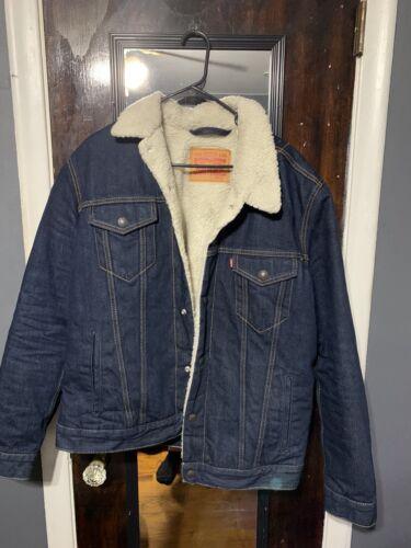 Levi's Sherpa Trucker Jacket Sherpa Size L!
