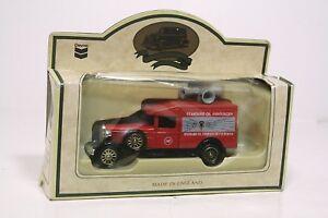 Lledo-Chevron-Standard-Oil-Announcer-Die-Cast-Car-Made-in-England-MIB