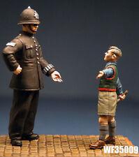1/35th la Segunda Guerra Mundial Británica Civil Policía y niño Wee amigos WF35009 sin pintar KIT