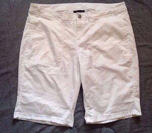 A13 Lane Bryant Women's Summer Bermuda Shorts Pockets White Size 18W