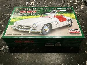 MINICRAFT-1-16-CLASSIC-MERCEDES-1955-300-SL-034-GULLWING-034-COUPE-MODEL-11227-F-S