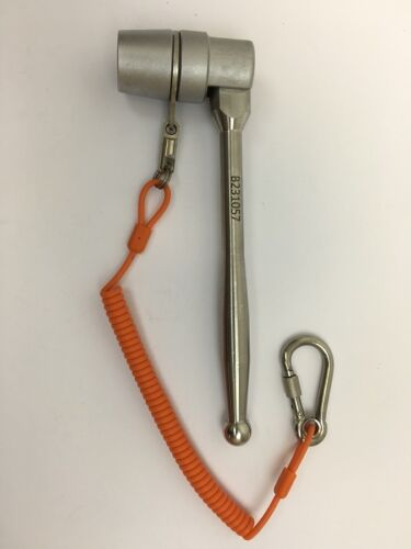"""Scaffold spanner heavy duty /""""Poker/"""" style,with kevlar 1.1m lanyard engraved free"""