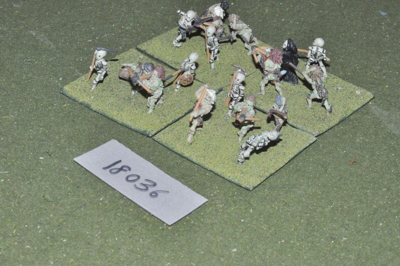 25mm fantasy skeletons (as photo) (18036)