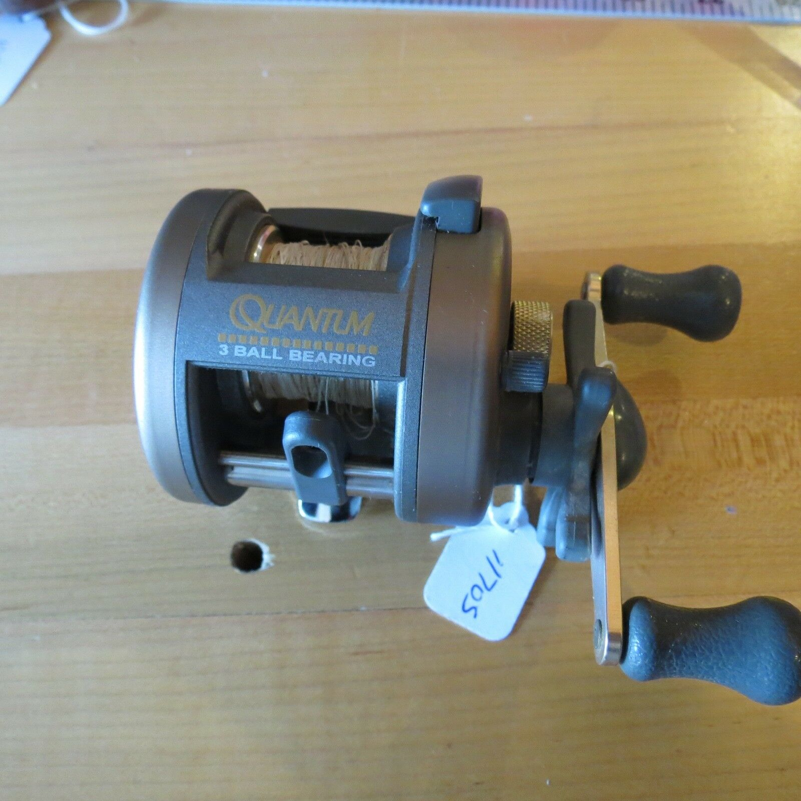 Quantum I I I R3L Bass fishing reel made in Japan (lot 11705) 7d361d