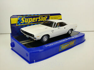 Slot-Car-Scalextric-Superslot-H3935-Dodge-Challenger-1970-Weiss