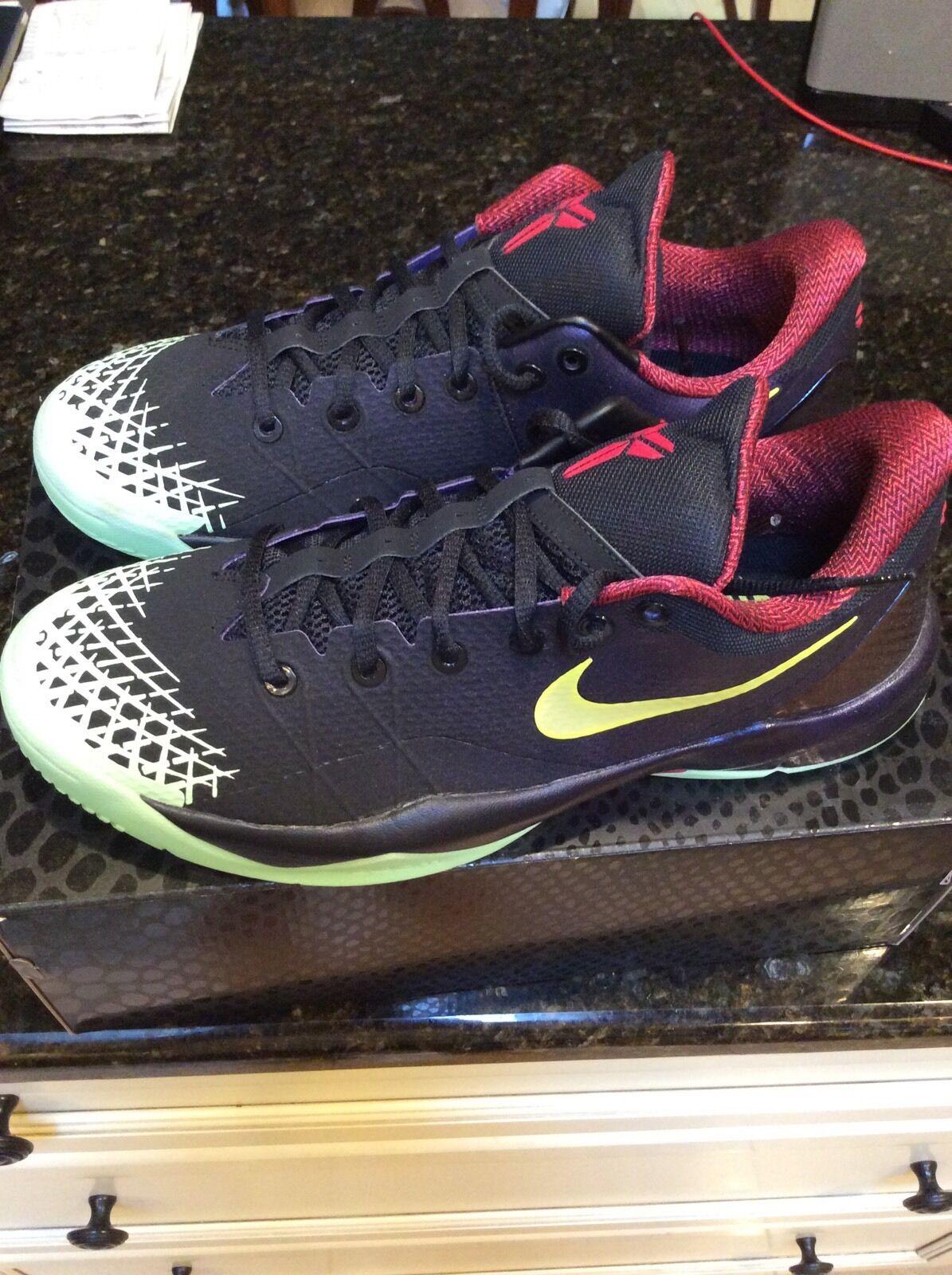 Nike Zoom Kobe Venomenon 4 IV Glow In The Dark DS Size 11 Black Lemon Purple