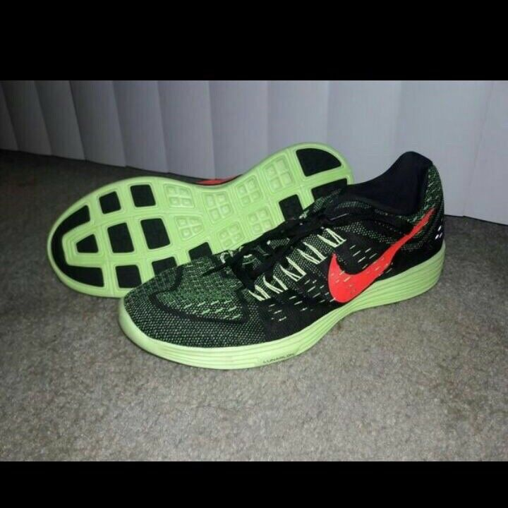Nike Shoes for men sneakers tennis NEW