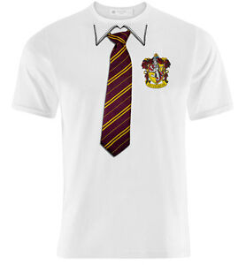 new style 0d482 74c09 Details about T-shirt uomo con stampa finta divisa Hogwarts Grifondoro  Harry Potter inspired!