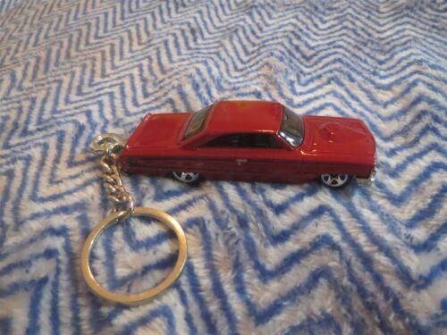 1964 FORD GALAXIE 2 DOOR HOOD DIECAST MODEL TOY CAR KEYCHAIN KEYRING MAROON RED