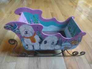 NEOESR-AUCTION-BEAUTIFUL-HANDPAINTED-OES-HOLIDAY-SLEIGH