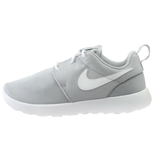 ff5bd8c66e87 Nike Roshe One Little Kids 749427-033 Wolf Grey Athletic Shoes Youth Size 12