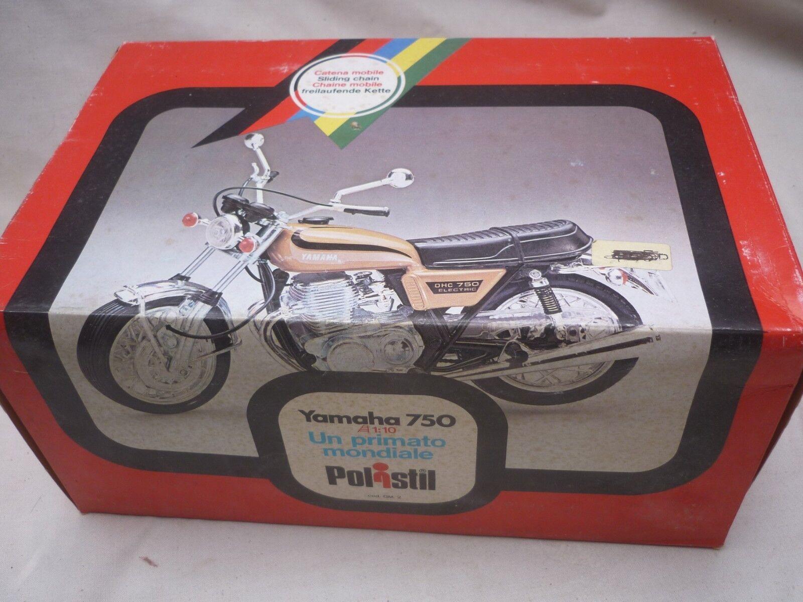 Polistil, un modelo a escala Juguete De Una Yamaha 750 Moto, En Caja