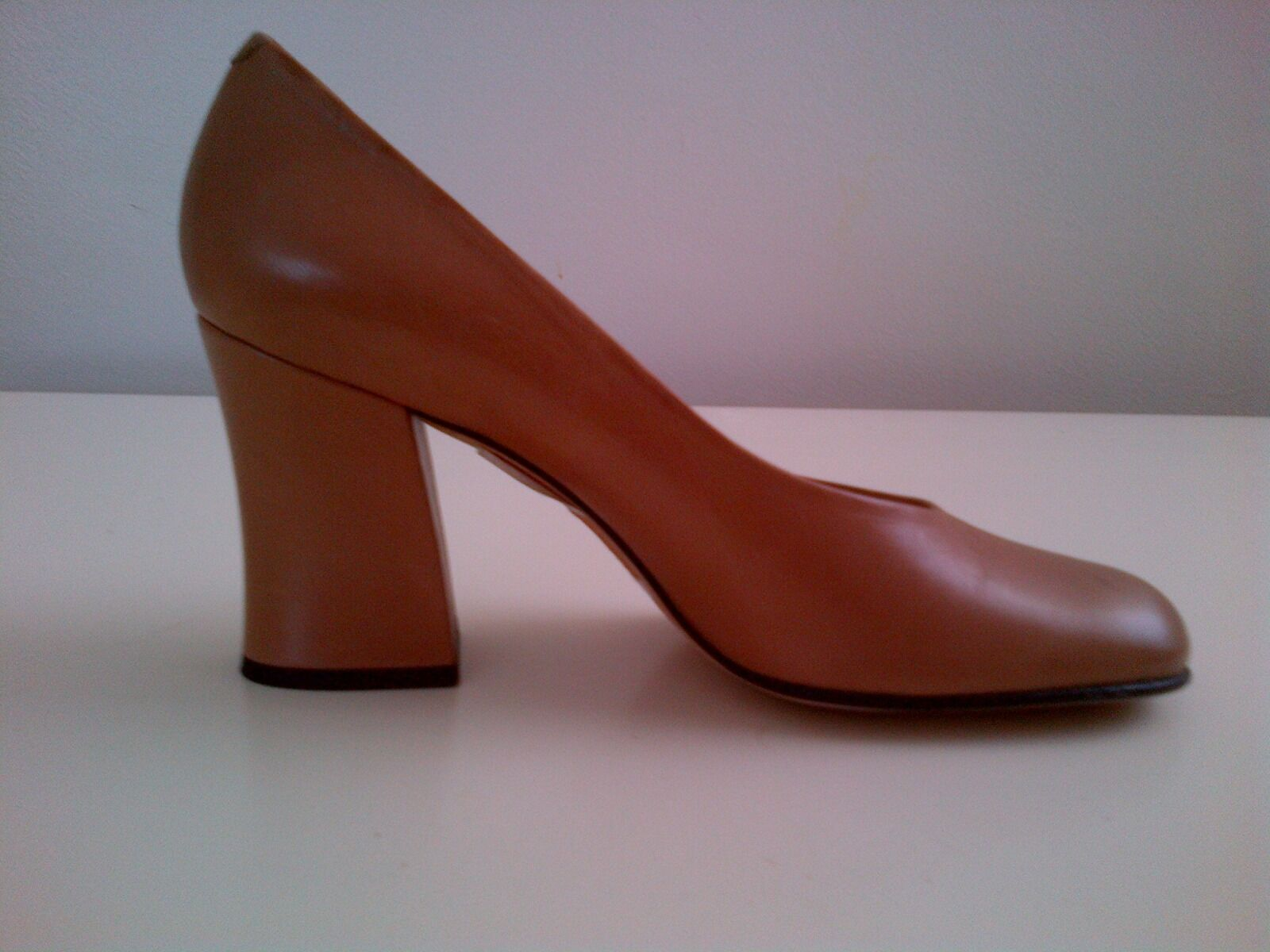 costo effettivo MARTINEZ VALERO  CAMEL BEIGE LEATHER LEATHER LEATHER FLARE HEEL PUMPS Dimensione 6 - NEW  vendita outlet