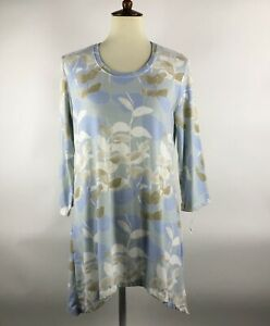Soft-Surroundings-Womens-Tunic-Top-Size-M-Blue-Floral-3-4-Sleeve-Shark-Bite-hem